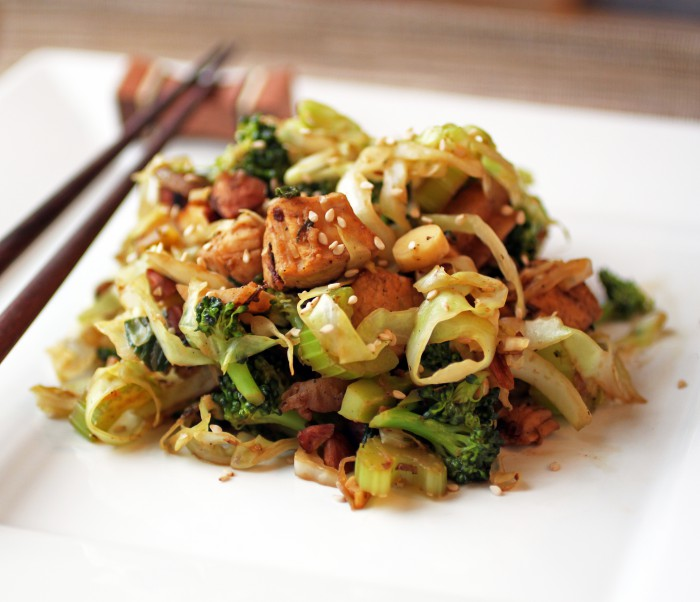 Paleo Chicken Lo Mein with Broccoli