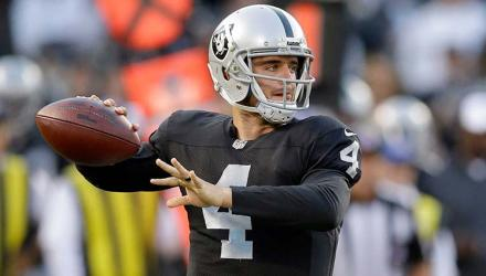 Raiders-Derek-Carr-02
