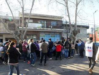 Marcha educativa en Hurlingham