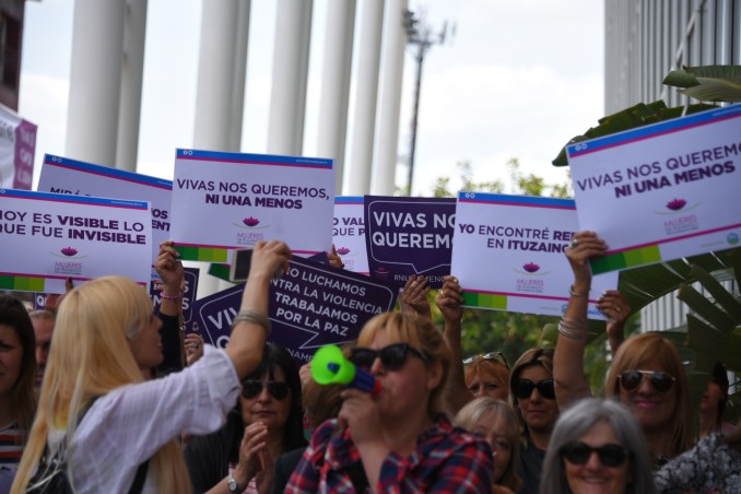 Paro de mujeres en Ituzaingó