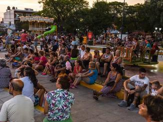 Cine al aire libre en Ituzaingó