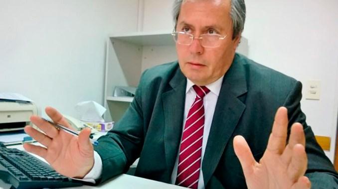 Diputado Héctor Olivares