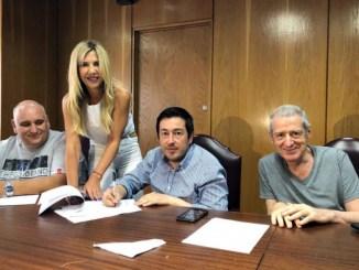 Leonardo Nardini (en el centro) junto a Jorge Landau (a su izquierda), principales responsables de la junta electoral del Frente de Todos bonaerense