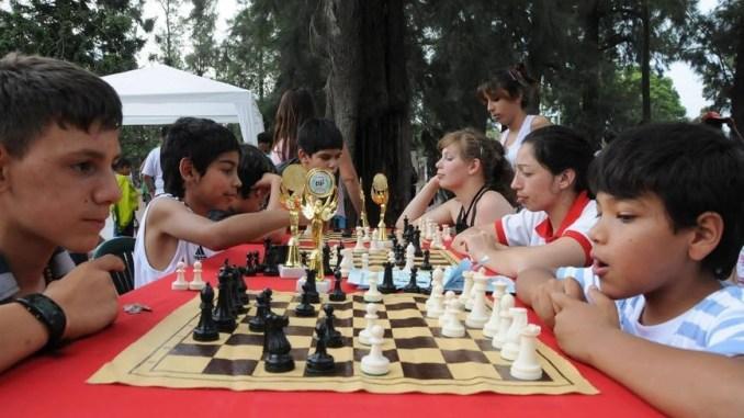 Los alumnos de la Escuela Roberto Grau participan de torneos regionales, nacionales e internacionales
