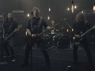 metallicamothintoflamevid_638