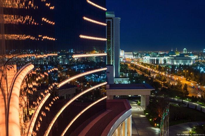 Ashgabat: A Cidade mais Estranha do Mundo