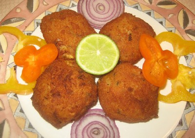 Aloo Tikkis with Low Fat Cream Cheese (Potato Patties)