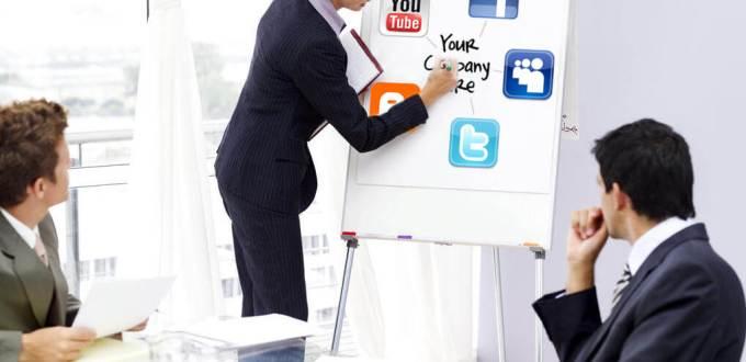4-Expertise---Creative-Social-Media---Social-Media-Account-Manager-052312