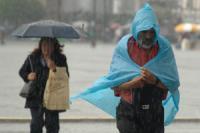 Lluvias saturan drenaje del DF; alerta en Iztapalapa y Venustiano Carranza: Ebrard