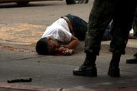 La escena de una ejecución en Sinaloa. Foto: Juan Carlos Cruz