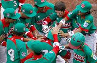 El equipo mexicano celebra. Foto: AP