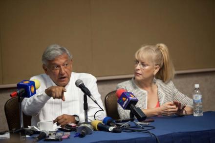 Andrés Manuel López Obrador, candidato presidencial de los partidos de izquierda. Foto: Miguel Dimayuga