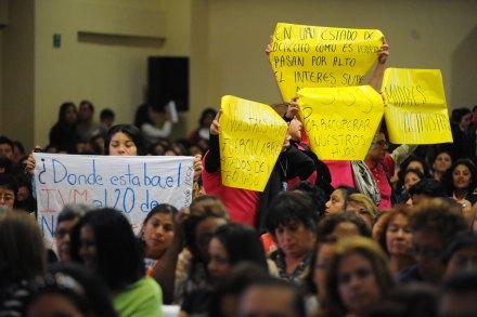 Veracruz. Exigen justicia por crímenes de mujeres en homenaje a Rigoberta Menchú. Foto: Rubén Espinosa