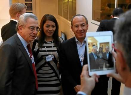 Ernesto Zedillo y Felipe Calderón en Davos. Foto: Tomada de Twitter
