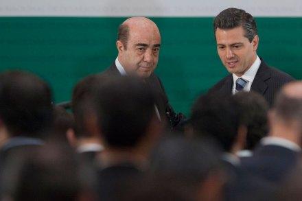 Murillo Karam y Peña Nieto. Foto: Octavio Gómez