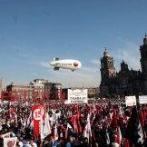 Trabajadores conmemoran el Día del Trabajo. Foto: Eduardo Miranda