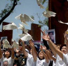 """""""Duelo, reconciliación y paz"""", en el Memorial a las Víctimas de la Violencia. Foto: Xinhua / Alejandro Ayala"""