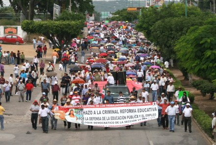 Marcha de maestros en Tuxtla Gutiérrez. Foto: Isaín Mandujano.