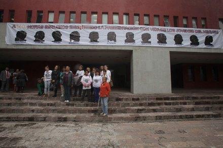 Exigen justicia para los desaparecidos en el bar Heaven en la CDHDF. Foto: Germán Canseco