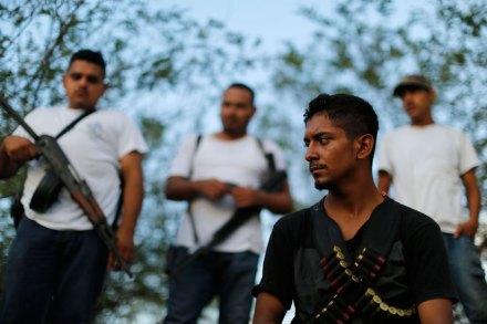 Autodefensa en Las Colonias, Michoacán. Foto: AP / Darío López-Mills
