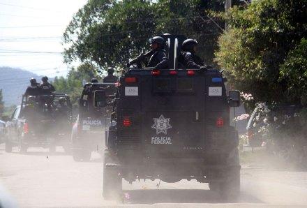 (Archivo) Elementos de la Policía Federal en Michoacán. Foto: Xinhua / Armando Solís