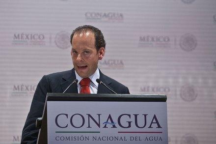 David Korenfeld al momento de presentar su renuncia a la Conagua. Foto: Germán Canseco