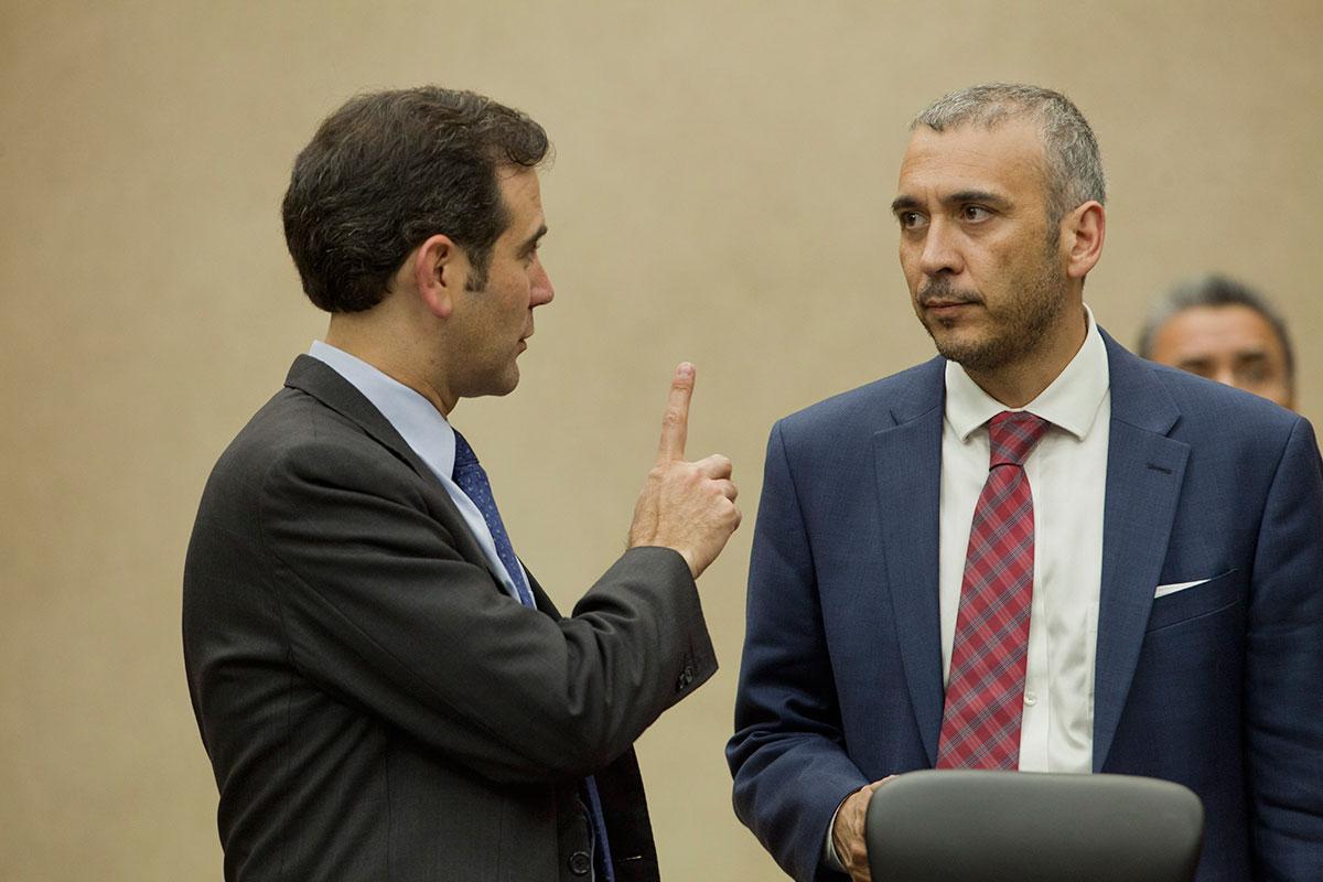 Córdova y Nacif en el INE. Foto: Miguel Dimayuga
