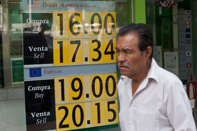 El peso sigue a la baja. Foto: Eduardo Miranda