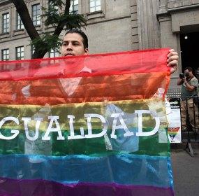 Una de las protestas en la Corte a favor del matrimonio entre personas del mismo sexo. Foto: Germán Canseco
