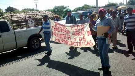 La protesta contra las mineras en el municipio de Pijijiapan. Foto: Isaín Mandujano