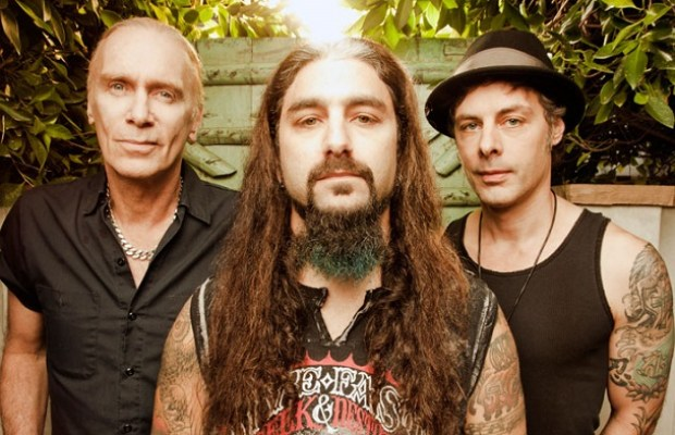 """The Winery Dogs premiere video for """"I'm No Angel"""""""