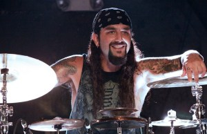 "MIKE PORTNOY on Leaving DREAM THEATER: ""I Needed to Explore Other Things in My Life"""