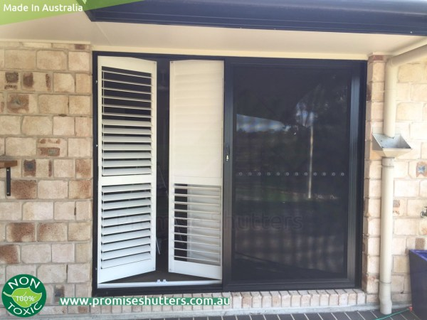 plantation shutters installed with hinges and L frame face fit