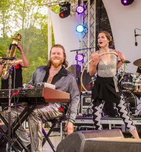 Photo by Billi Jo Hart | Prospectus News Sun Stereo members Kelly McMorris and Christine Janak perform at Summer Camp Music Festival on Sunday, May 24, 2015.