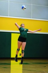 Photo by Scott Wells   The Prospectus  Sophomore libero Madison Harpest gets low for the pass on Nov. 5, 2015.  The Cobras are ranked number one in the NJCAA.