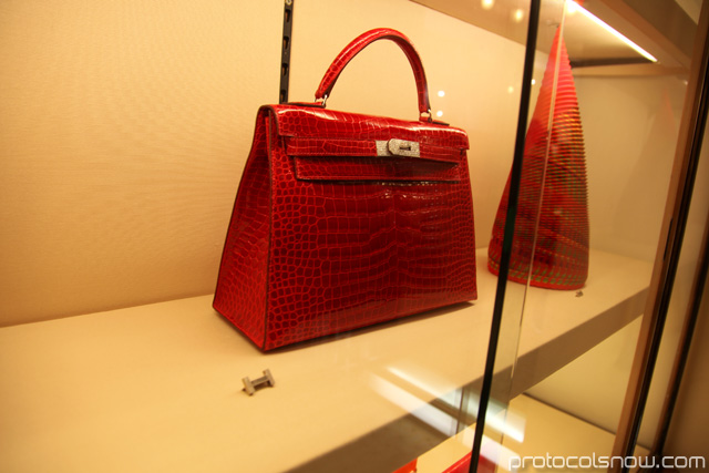 Hermes crocodile bag diamonds