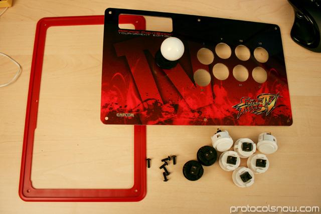 Street Fighter 4 Tournament Edition arcade stick Madcatz artwork mod sanwa buttons modification