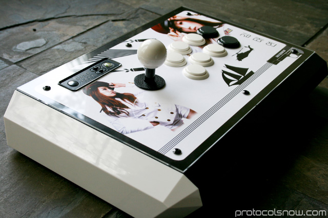 Street Fighter 4 Tournament Edition arcade stick Madcatz artwork mod taeyeon snsd girls' generation gen
