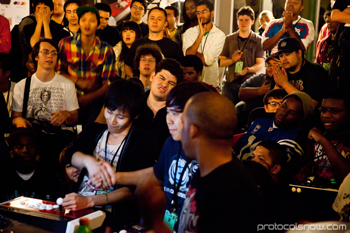 Season's Beatings V Redemption fighting game tournament Justin Wong Momochi Super Street Fighter IV