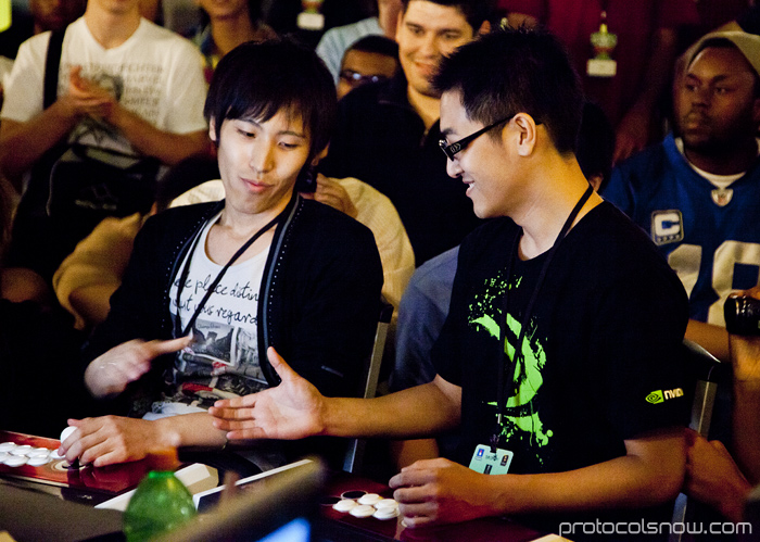 Season's Beatings V Redemption fighting game tournament Gamerbee Momochi Super Street Fighter IV