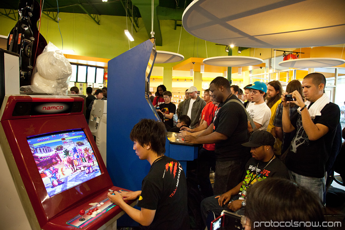 Season's Beatings V Redemption fighting game tournament Daigo Umehara Super Turbo Super Street Fighter II Turbo arcade