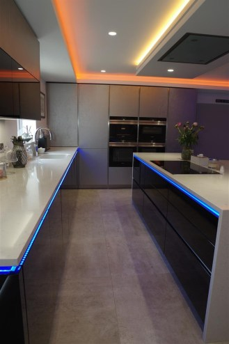 High Gloss Black Finish with Smart LED Lighting