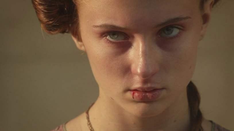 Sansa cover
