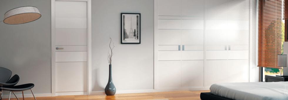 puerta blanca interior