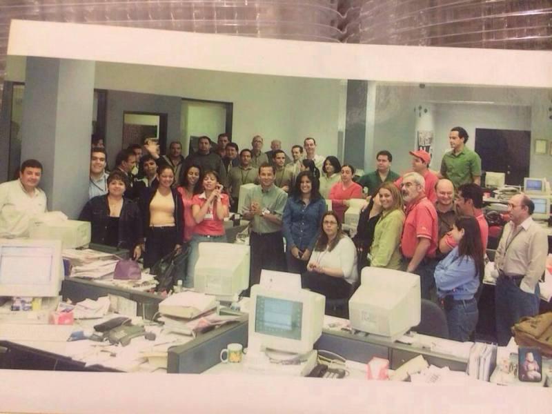 Costa Rica sala de redacción del diario Al Día 2002. Foto Facebook