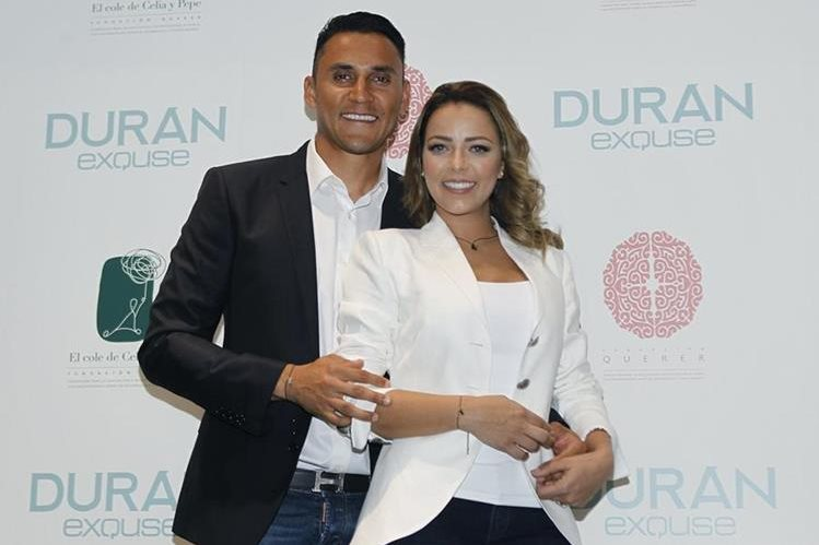Keylor Navas y su esposa Andrea Salas. Foto EFE prensalibre.com