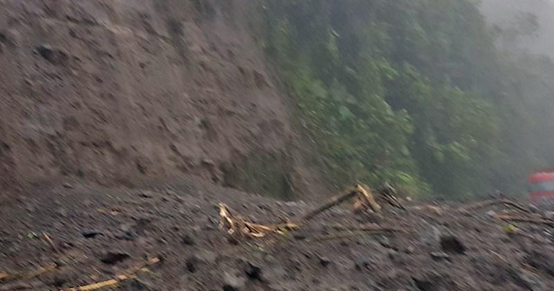 Ruta 32 gran derrumbe. Foto mopt.go.cr
