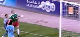 """فيديو: لاعب أردني يحتفل بهدفه بالتقاط صورة """"سيلفي"""" !"""
