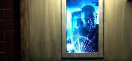 فيديو: عرض بصري مميز من فتحة باب !