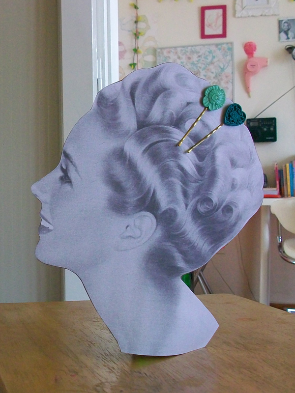 queenlila vintage inspired bobby pin display (14)